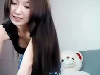 Sex cam hyomin_ online! She is 18 years old 