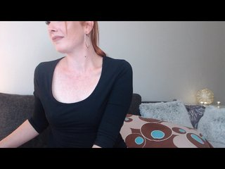 Small Tits sharonred with hairy pussy