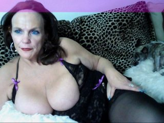 Sex cam magicbarbie online! She is 49 years old 