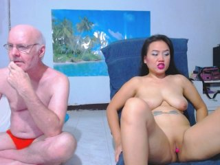 Sex cam hotsexycouple online! She is 24 years old 