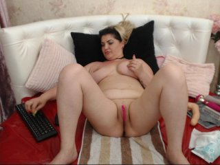 Sex cam boobies4funx online! She is 30 years old 