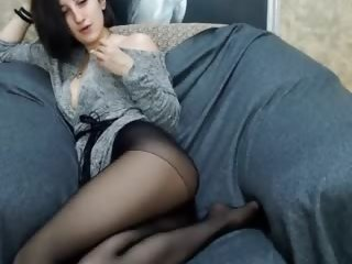 Sex cam iva_nice online! She is 19 years old 