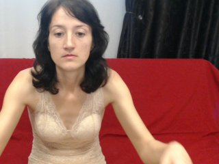 Young Cam Doll sweetalison8. brunette with small tits