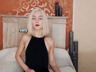 Sex cam imladym online! She is 21 years old 