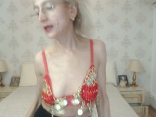 Sex cam doll lily21fox ready for live sex show! She is 58 years old blonde and speaks english,