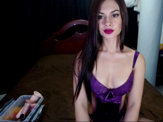 Sex cam sophiewarren online! She is 18 years old 