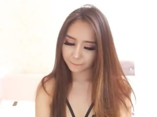 Sex cam aishasei online! She is 19 years old 