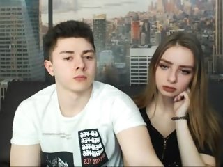 Sex cam yourfiredreams online! She is 19 years old 