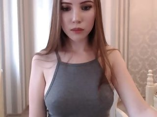 Sex cam knee_ling online! She is 18 years old 