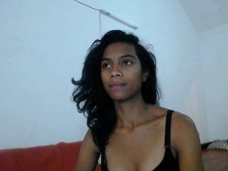 Sex cam rosalie69 online! She is 19 years old 