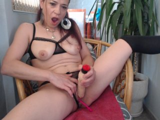 Sex cam doll your-dreams ready for live sex show! She is 44 years old redhead and speaks english,