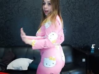 Sex cam milly_ice online! She is 19 years old 