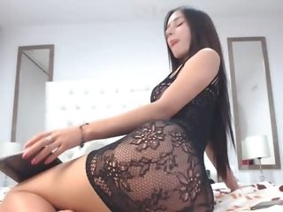 Sex cam miss_nina18 online! She is 19 years old 