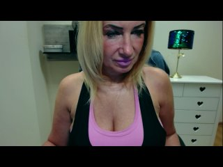Sex cam jennytheonex online! She is 45 years old 