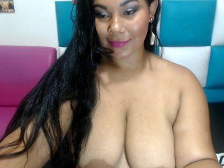 Hot Webcam Babe sweet-salomeawith big boobs