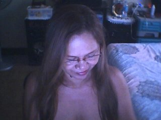 Sex cam asianpearl4u online! She is 43 years old 