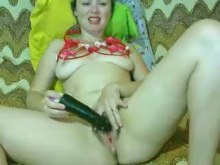 Sexxxy25 webcam sex video - Expansive fairy scratches her hairy cake with black dildo