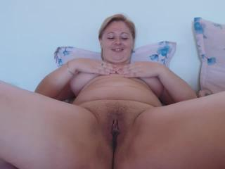 sweety_krisy webcam sex video - Friendly thick crumpet fervently fingers her juicy patty