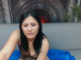 Sex cam juliamatthew online! She is 21 years old 