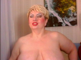 Sex cam poshladyx online! She is 50 years old 
