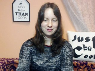 Sex cam carolinebb online! She is 21 years old 