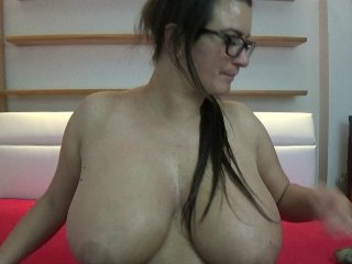 Sex cam doll bustyalexa30 ready for live sex show! She is 33 years old brunette and speaks english,