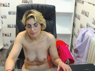 Sex cam perv4squirt online! She is 46 years old 