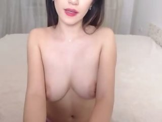 Sex cam lianafox online! She is 19 years old 