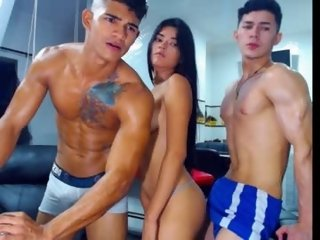 Sex cam wendy_and_jasson69 online! She is 19 years old 