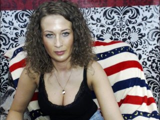 Sex cam doll onemika ready for live sex show! She is 25 years old brunette and speaks english, german