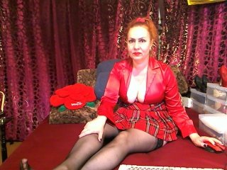 Sex cam leggybubbly online! She is 44 years old 