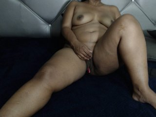 MILF akiraebonyxxx with milk tits. Speaks english,