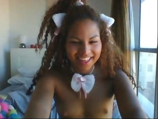 Sex cam crazy_sweetie online! She is 18 years old 