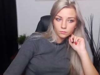 Sex cam elissa19 online! She is 19 years old 